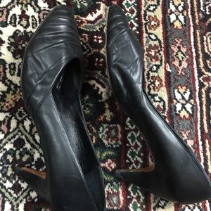 d'Rossana by Charna pumps black